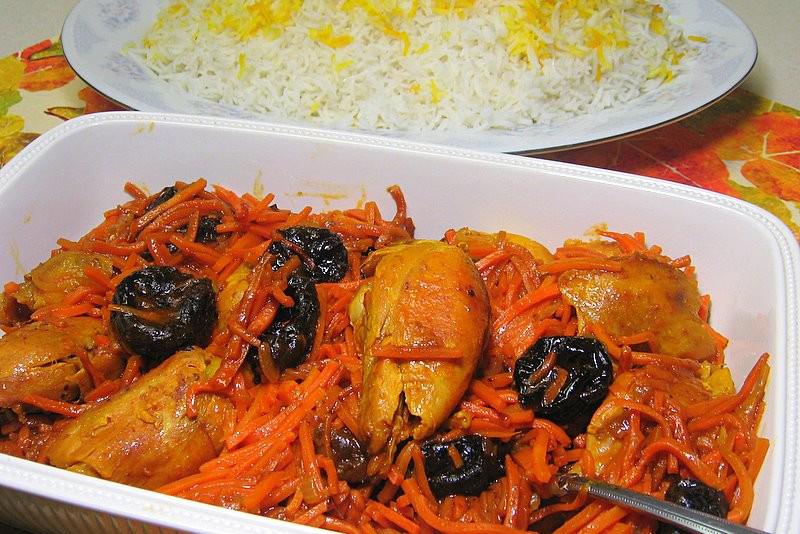 خورشت مرغ با هویج