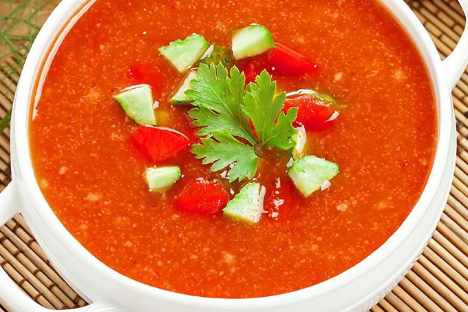 سوپ گازپاچو اسپانیایی