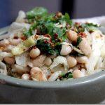 طرز تهیه سوپ لوبیا چیتی با مرغ: