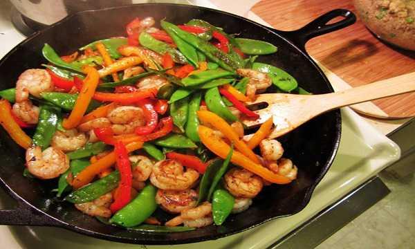 خوراک میگو با سبزیجات