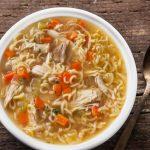 طرز تهیه سوپ مرغ و نودل