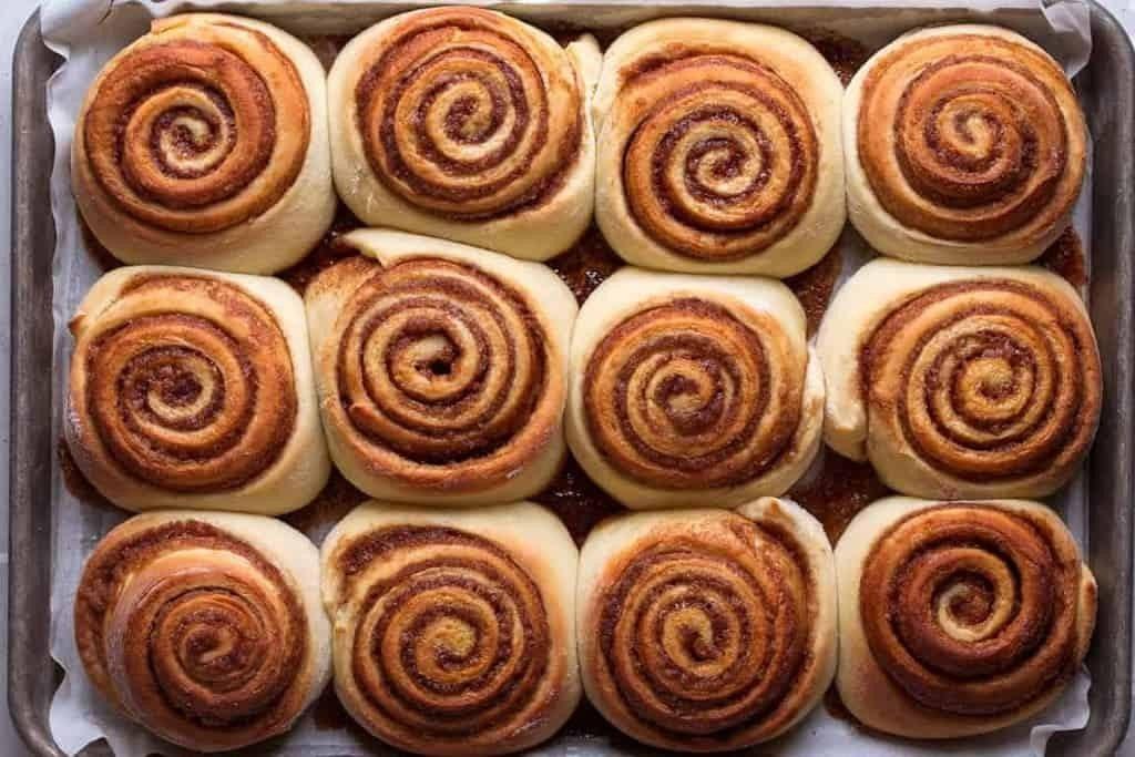 نان رول شکری