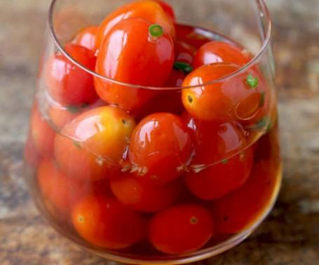 ترشی گوجه گیلاسی